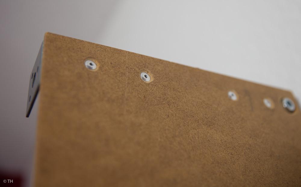Platten auf Bügel befestigen